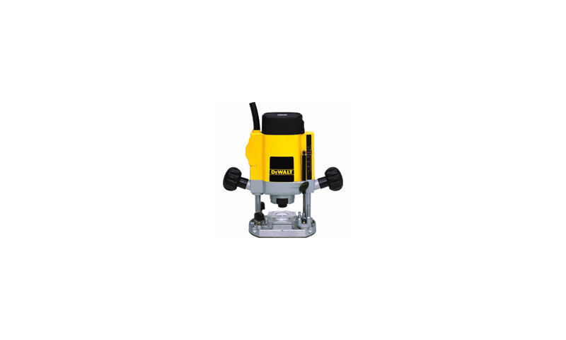 """900 W - ¼"""" (6-8 mm) Variable Speed Plunge Router DW615"""